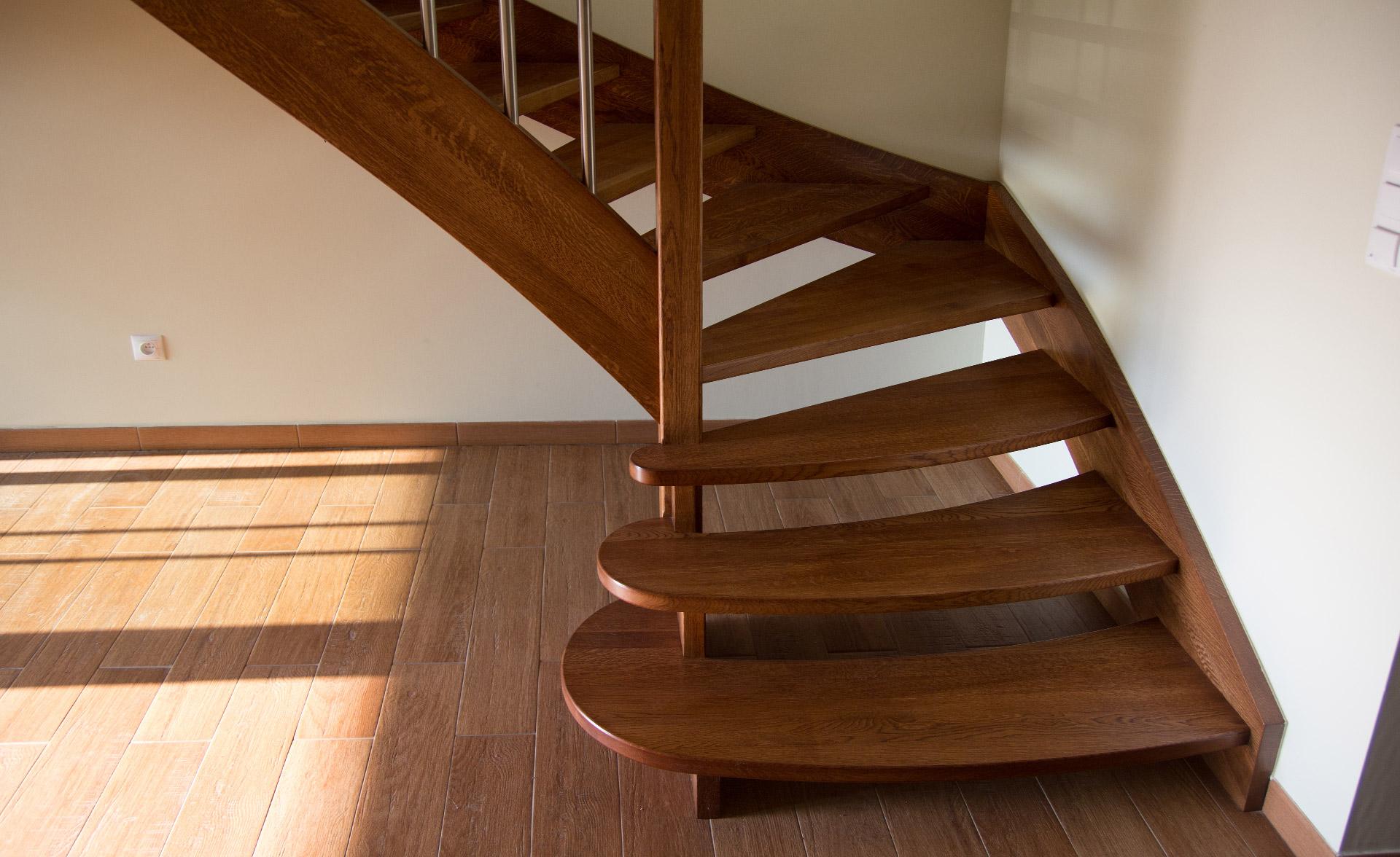 Винтовая лестница с поворотом на 180 градусов своими руками